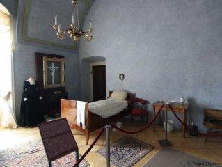 Rožmberský palác - ústav šlechtičen - interiér