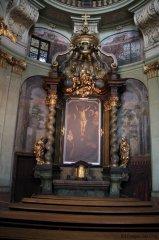 Chrám sv. Mikuláše - oltář sv. Kříže