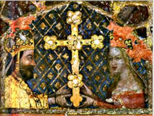 Císař a král Karel IV. s manželkou pozdvihují kříž