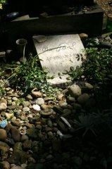 Nový židovský hřbitov - hrob Oty Pavla