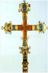 Svatovítský poklad - zlatý ostatkový kříž zvaný Korunovační