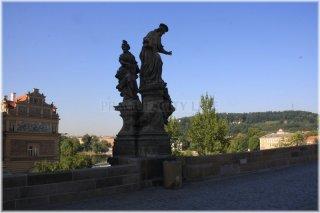1. Sousoší sv. Iva