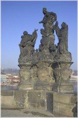 4. Sousoší madony se sv. Dominikem a Tomášem Akvinským