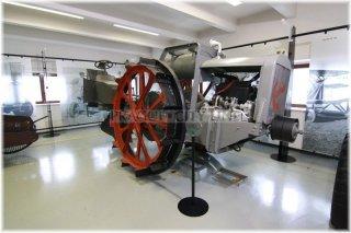 Praha 7 - Národní zemědělské muzeum - stálá expozice Jede traktor