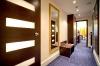busines-standard-room-corridor