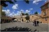 Ostrov Kampa - náměstíčko pod Karlovým mostem