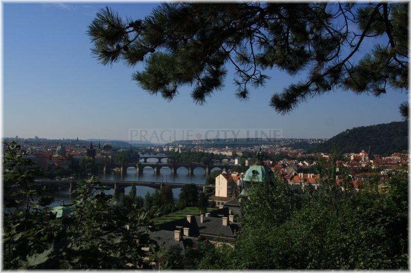 6f5e7f057cb Praha 7 - Letná - výhledy na Prahu