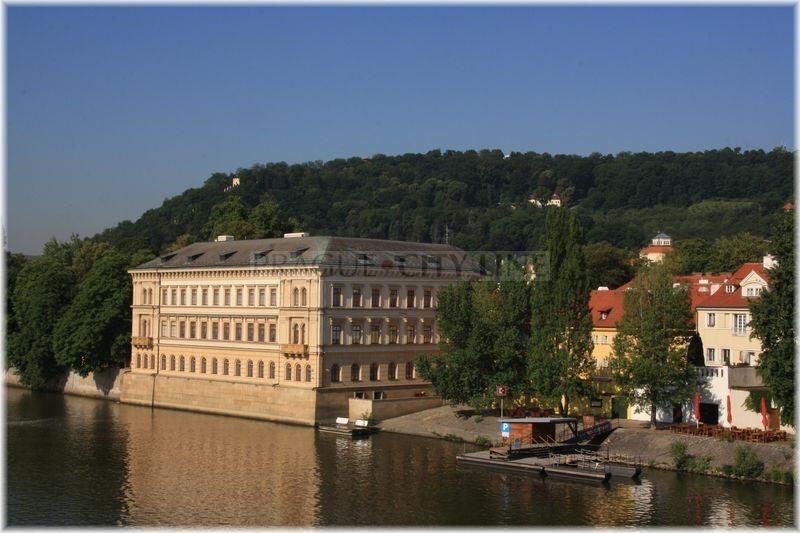 Lichtenštejnský palác Kampa