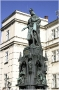Socha otce vlasti Karla IV. na Křižovnickém náměstí