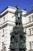 Křižovnické náměstí a socha císaře Karla IV.