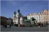Staroměstské náměstí a pomník mistra Jana Husa