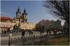 Staroměstské náměstí a v pozadí Chrám Panny Marie Před Týnem
