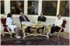 Bývalý prezident ČR Václav Klaus a  bývalý prezident USA George W. Bush  s manželkami