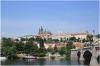 Mánesův most a v pozadí Pražský hrad