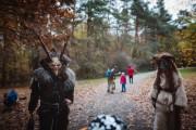 Noční strašidelný les v Hostivařském lesoparku - stezka odvahy