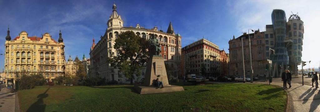 Jiraskovo namesti01_panorama