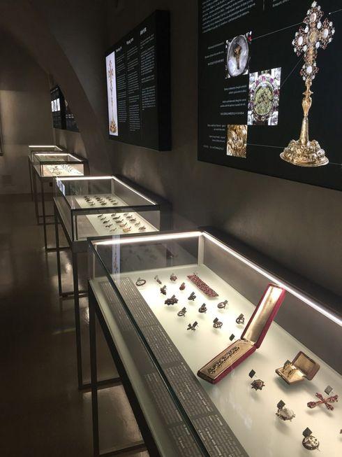 muzeum_ceskeho_granatu_interier_web